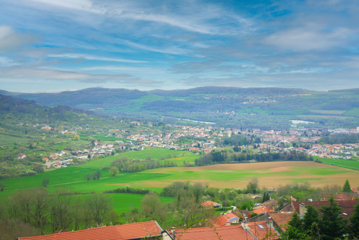 The view of the Moselle Valley from Prény Castle © French Moments