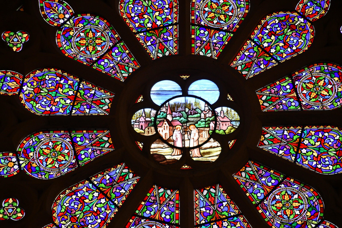 Stained-glass window, church of Remiremont © French Moments