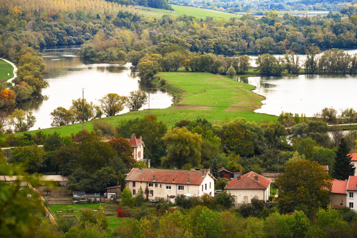 The Moselle near Dieulouard © French Moments