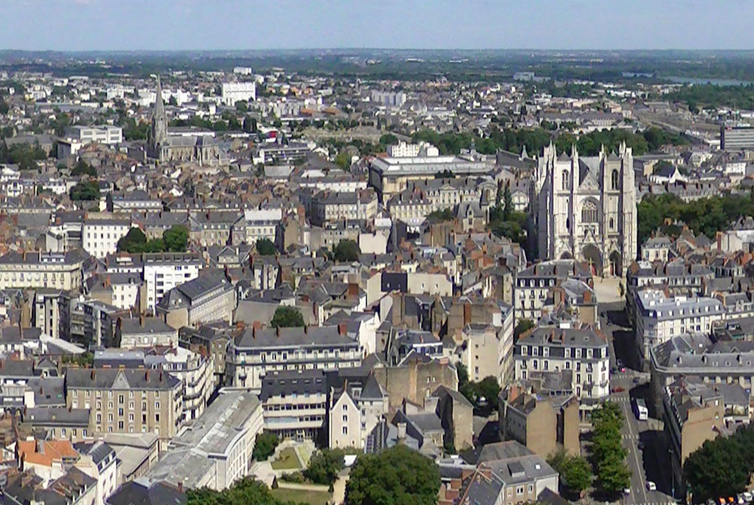 Largest cities of France - Nantes from Tour Bretagne © Adam Bishop - licence [CC BY-SA 3.0] from Wikimedia Commons