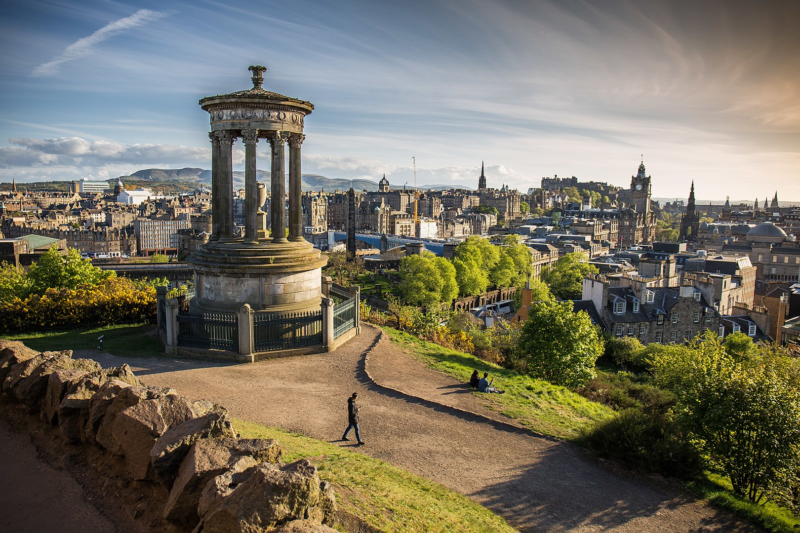 England in French - Edinburgh © Nono vlf - licence [CC BY-SA 4.0] from Wikimedia Commons