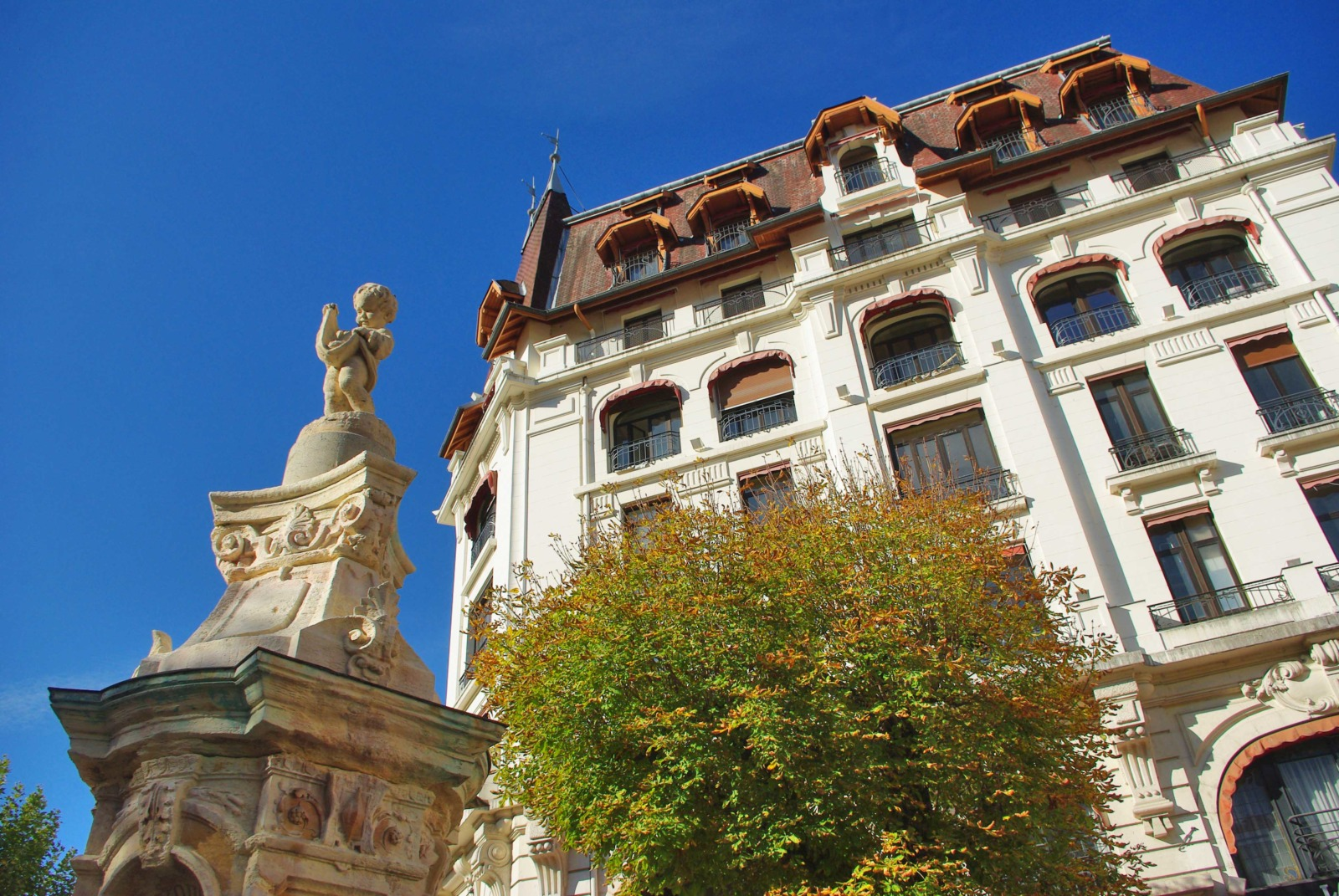Around Annecy - Aix-les-Bains © French Moments