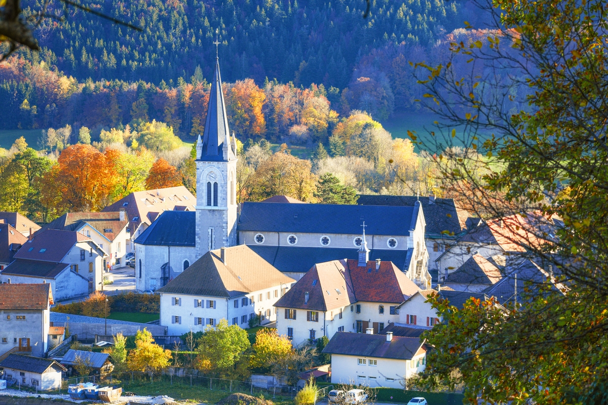 Around Annecy - The village of Thorens-Glières, birthplace of St. François de Sales © French Moments