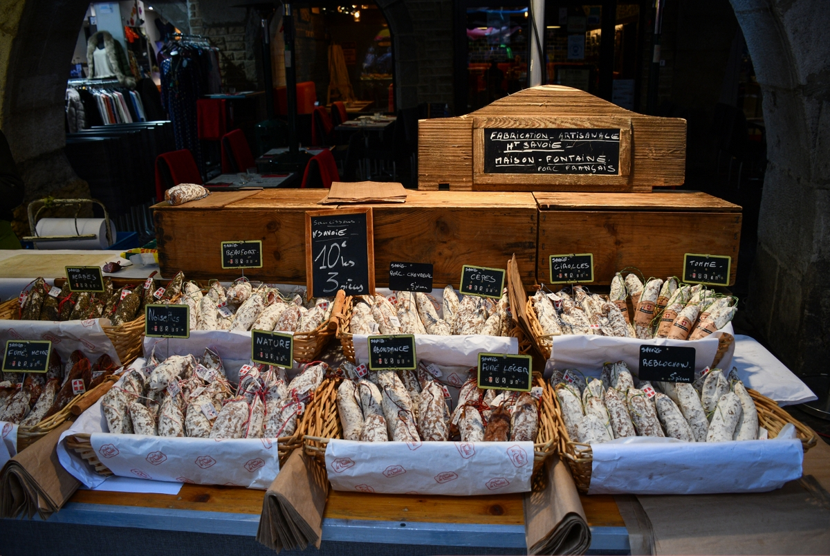 Saucissons from Savoy, Annecy market © French Moments