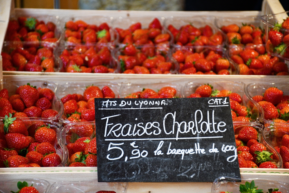 Charlotte strawberries © French Moments