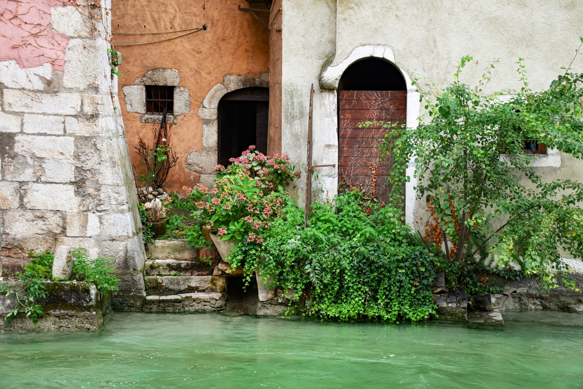 The Venice of the Alps - Annecy © French Moments