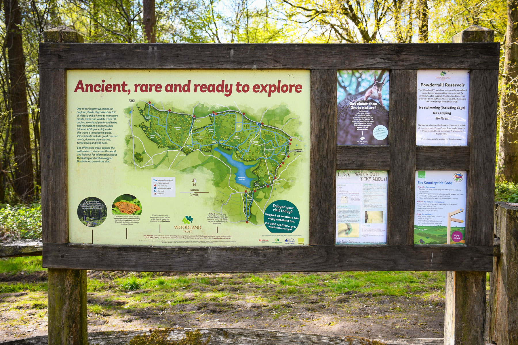 The information board at the car park of Brede High Woods © French Moments