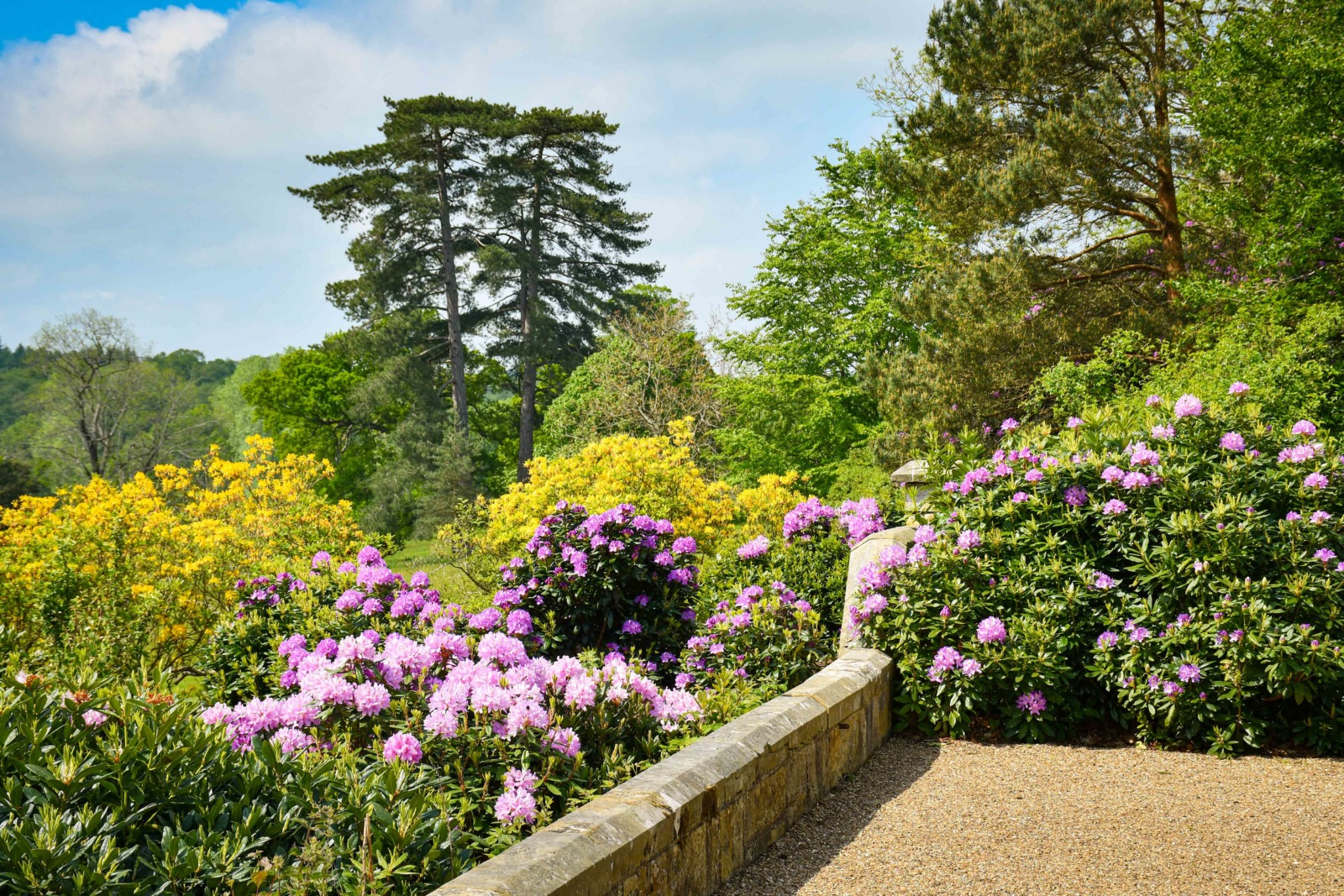 The gardens of Scotney House © French Moments