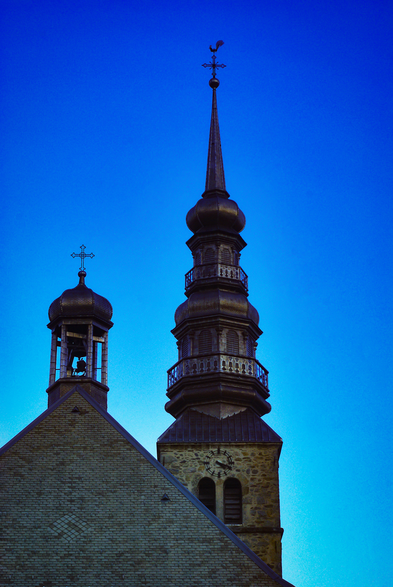 Onion dome steeples of Savoy - Combloux © French Moments
