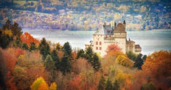 Fairy tale destinations in France - Menthon Castle © French Moments